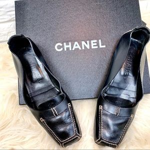 CHANEL black leather loafers size 36.5